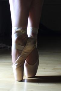 ballet-2042851_1920